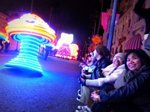 denden, nengkoy and ate gaying loving the parade...
