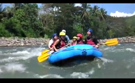 nengkoy with her water rafting team