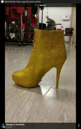 the high heeled shoes that paved the way for them to reach the grand finals (photo taken from jns' fb page)