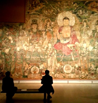 chinese mural with some spectators... i love my instagram shot...