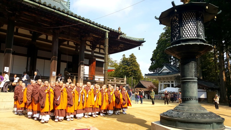 mesmerized by the chanting of these monks...