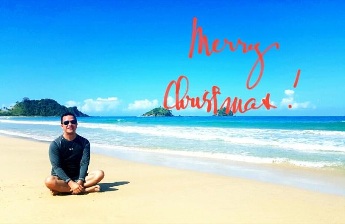 Merry xmas by the beach